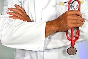 Doctor%20with%20a%20stethoscope_edited.j