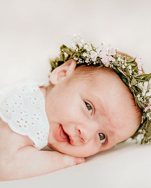 Newborn-Amelie-61 kopie.jpg