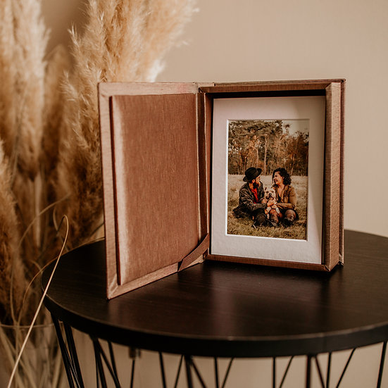 Fotobox met 5 foto's op stevig karton (uitbreidbaar)