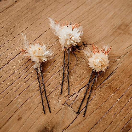 Haarspeldjes met droogbloemen (per set van drie)