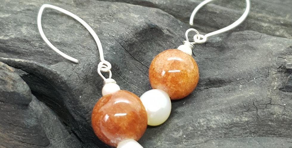 Øreringe med jade og perle