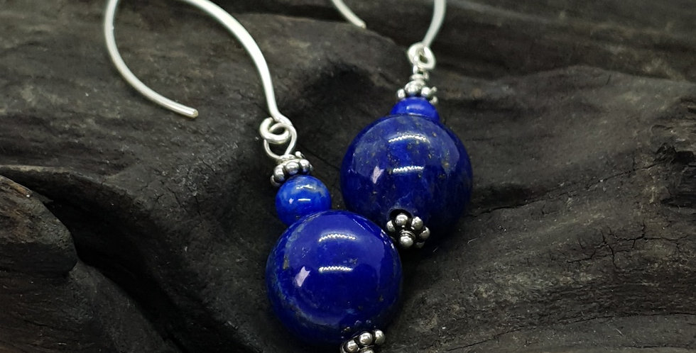 Øreringe med lapis lazuli