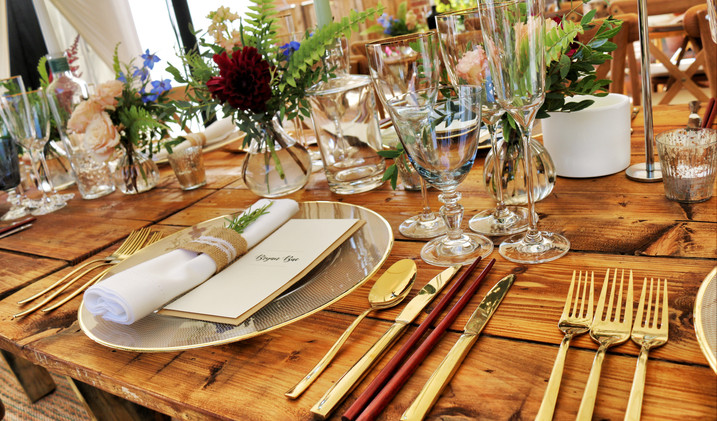 Canva - Dinnerware on Table Top.jpg