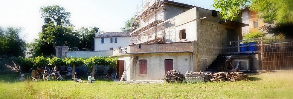 Casa indipendente, attualmente al grezzo, Villa Selva, Forlì
