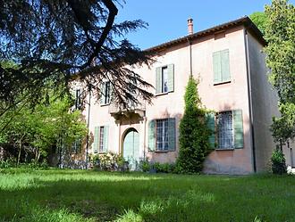 Villa padronale immersa nel verde via Br