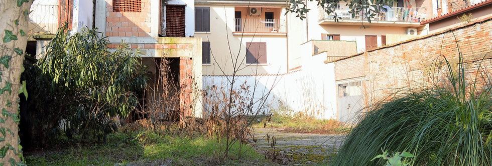 Casa indipendente terratetto a pochi passi da Piazza Saffi, Forlì