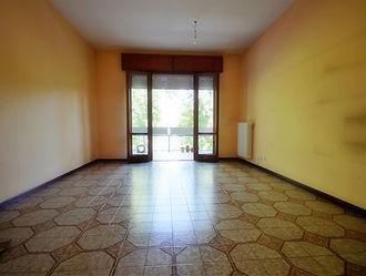 Ampio appartamento via Cerchia, Bussecch