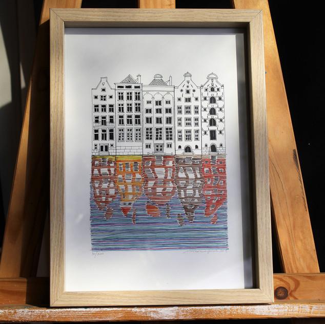 AmsterdamDamrak.jpg