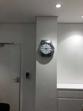 Wall Hanging Clock