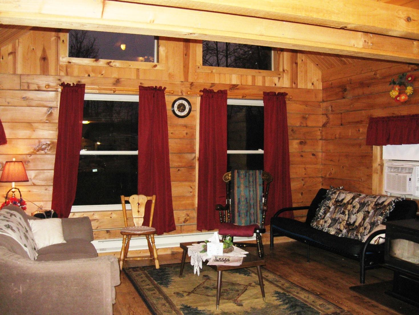cabin1livingroombig