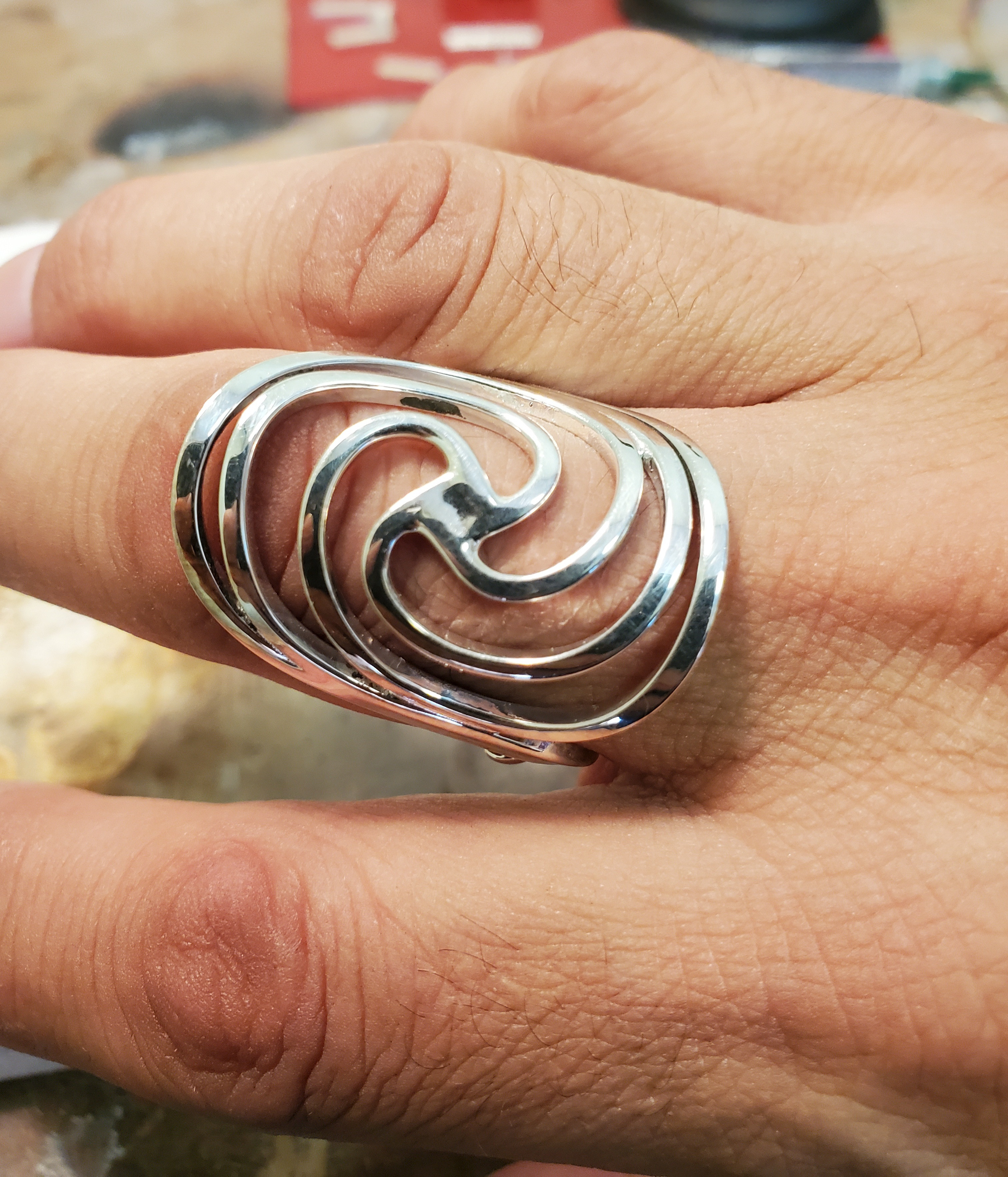 Adjustable wire silver ring-8/28 @9:30