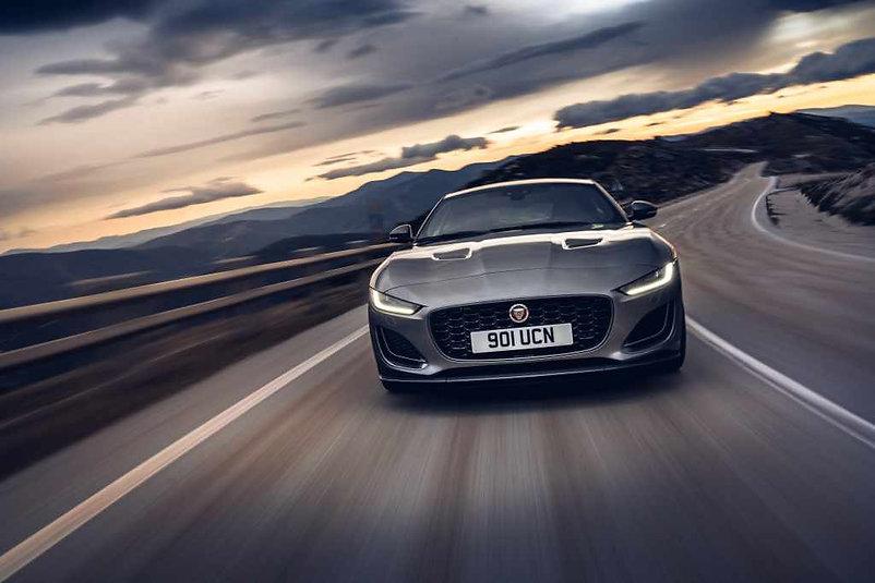 New_Jaguar_F-TYPE_P300_Coupé_RWD_Eiger_
