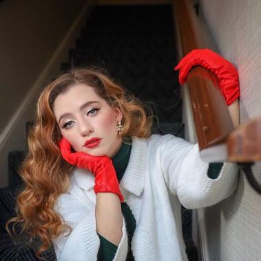 She's bolder than her lipstick 💄_Model_