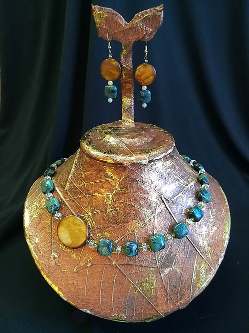 Kombaba Agate & Mother of Pearl Necklace & Earring Set