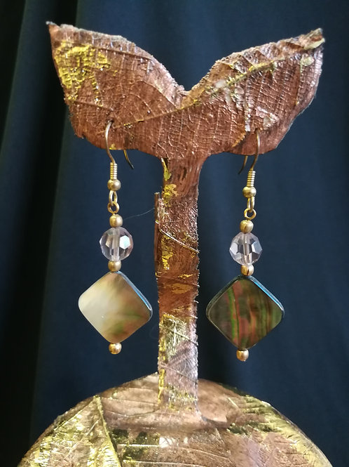 Oyster Shell Argyle Gold-plated Dangle Earrings
