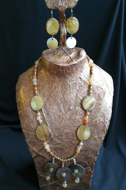Agate and Mother of Pearl Necklace & Earring Set