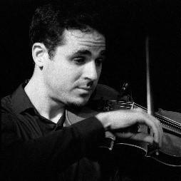 Charles: Violoniste, Mandoliniste