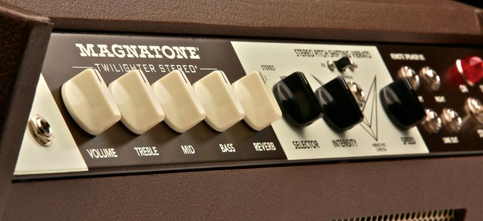twilighter-stereo-control-panel-2.jpg