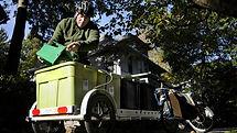 hc-the-compost-man-20141024-003.jpg