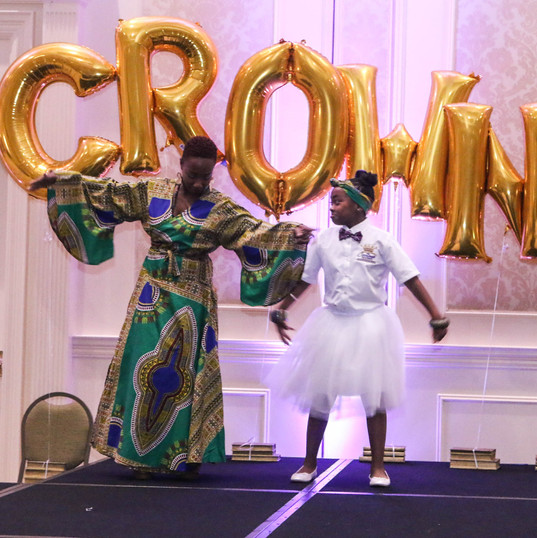 Crowned Mom Ebone & Z'nya