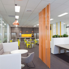 Office meeting area ARK Komatsu.jpg