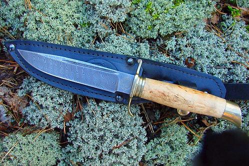 Нож Финка НКВД из дамасской стали с рукоятью из карельской березы