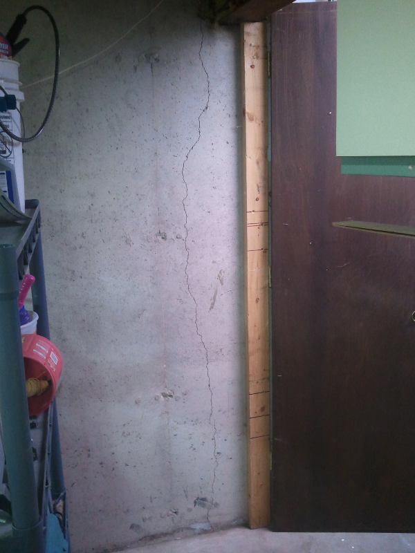 Concrete Crack Repairs