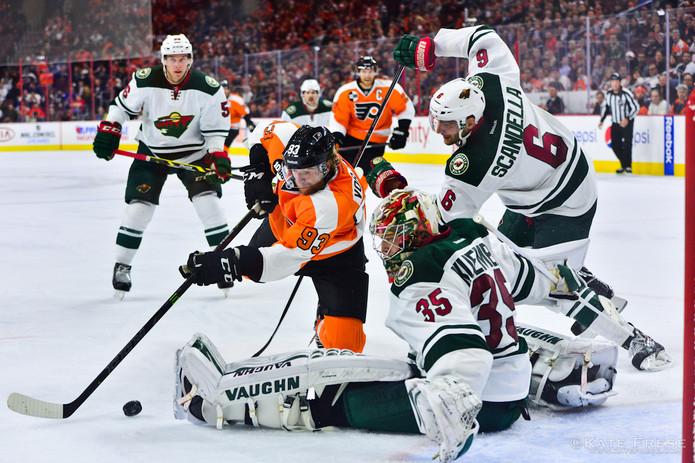 11-20-14_FlyersvsWild_credKateFrese-42.j