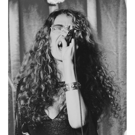 Lummoxi Exclusive: An Interview with Blues Powerhouse Dana Fuchs