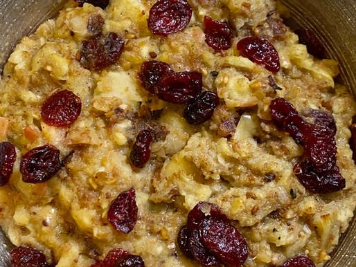 Apple & Sage Thanksgiving Stuffing 🍂
