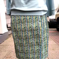 """Rock in """"Eggshape"""", mit Taschen in den Teilungsnähten, hübscher Sommerstoff mit Bambus-Druck  100% BW  99 Euro"""
