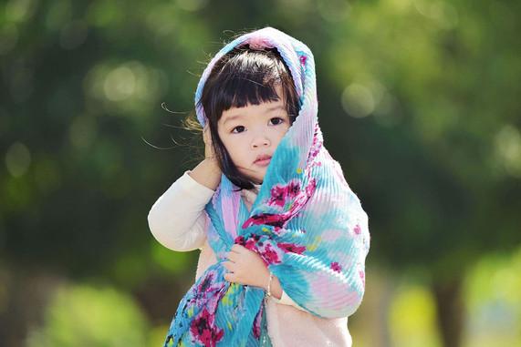 影藝攝影-兒童戶外攝影-姿勢.jpg