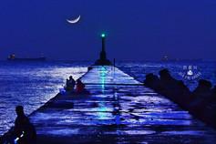 夜間西子灣 燈桿 夜間攝影.jpg