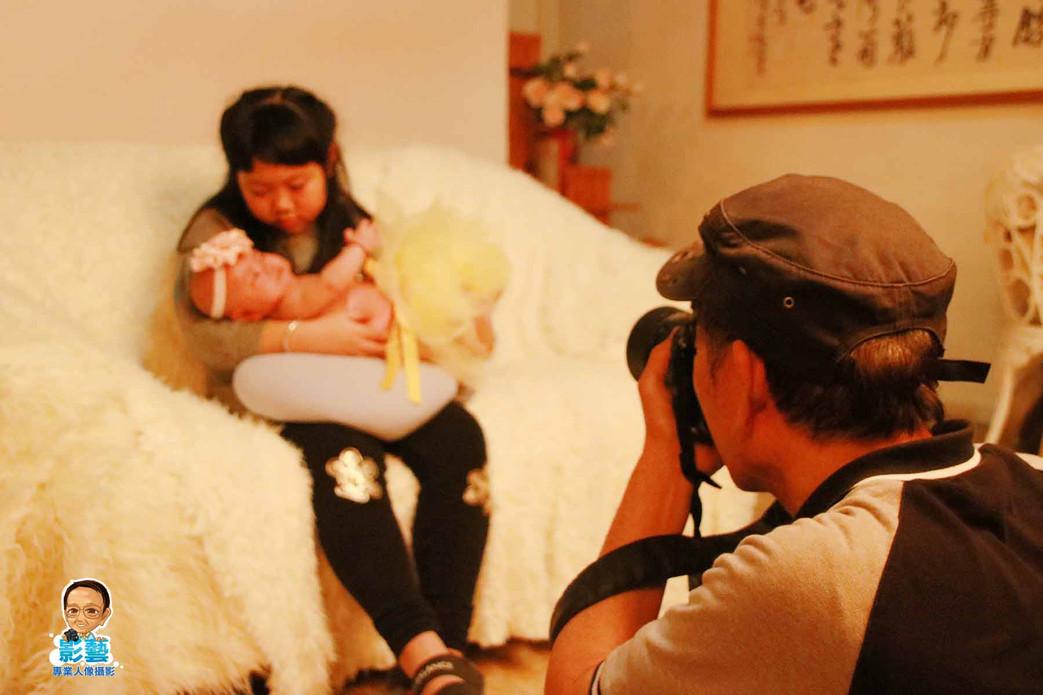 影藝攝影社-嬰兒攝影-側拍.jpg