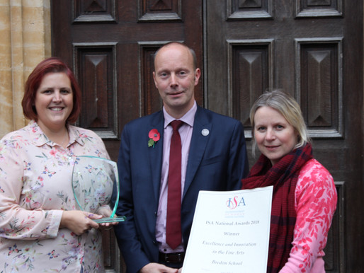 Bredon Wins ISA Award 2018 for Excellence and Innovation in the Fine Arts