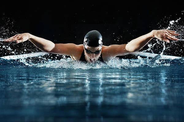 1-professional-swimmer-henrik-sorensen.j
