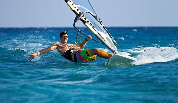 10_Windsurfing_Spots_In_The_World.jpg
