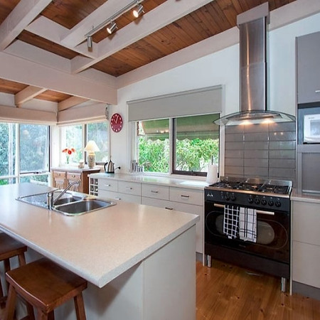 Kitchen Colours & Styling, Woodend