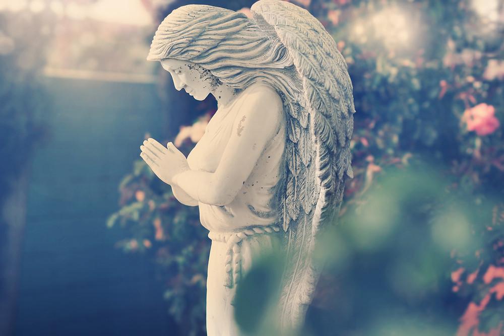פסל של מלאך