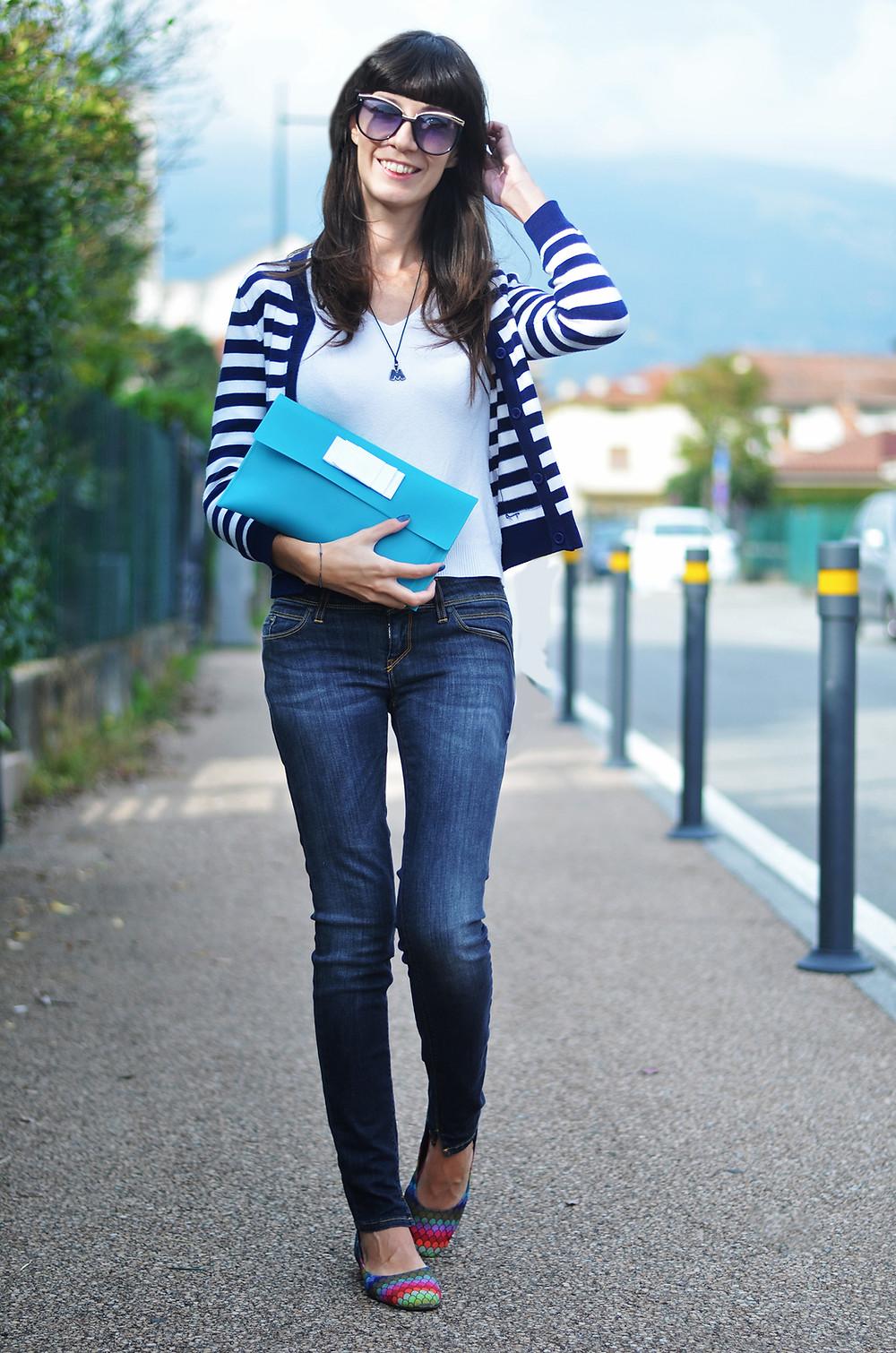 walking on the street_004.jpg