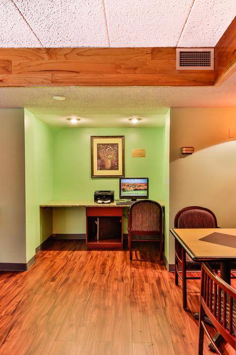 Business Center 1.jpg