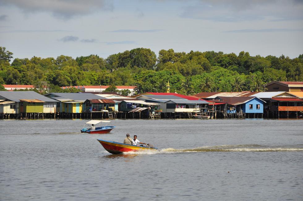 Kampung Air Patau-patau