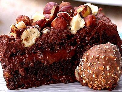 Receita do dia do Cacau - Bolo de Ferrero Rocher