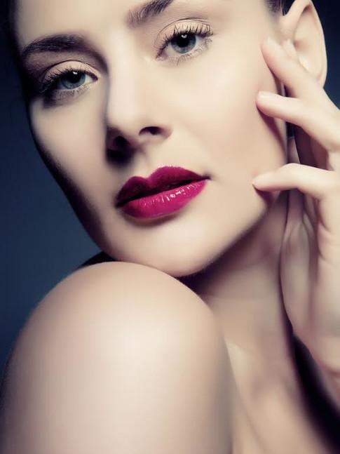Model: Lauren Reading  Photographer: Chris Riccio Hair & Makeup: Lilia Mullinger