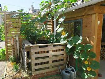 Dans son petit jardin, Joseph produit 300 kg de légumes