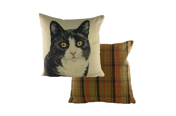Waggydogz Blackwhite Cat Cushion