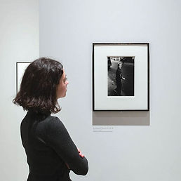 installation_view_of_diane_arbus_in_the_