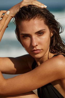 Model Kimberley close up photoshoot