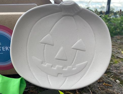 Pumpkin Plate Trick or Treat Kit