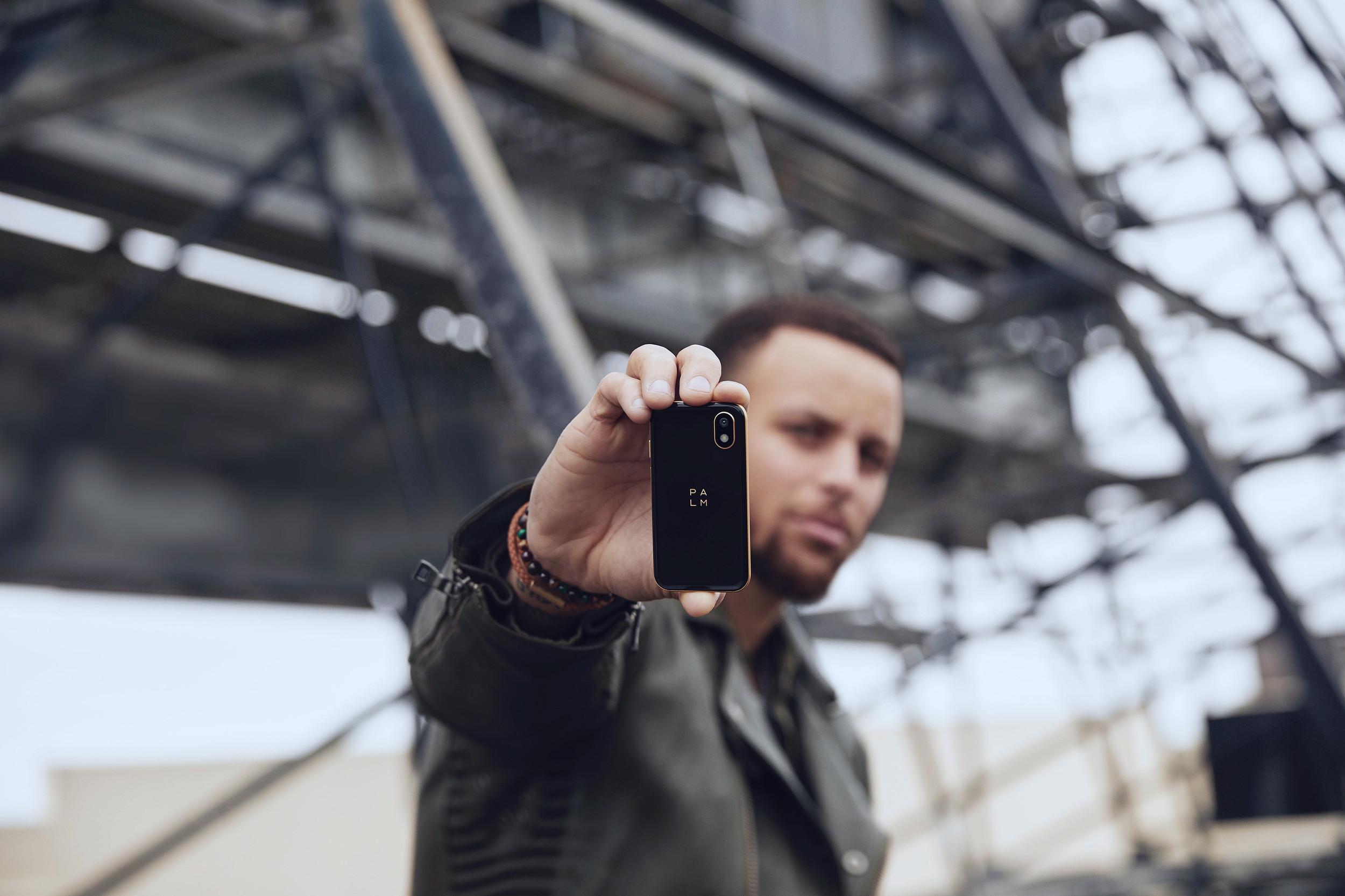 68c440f4e687d7 Palm | Smartphone
